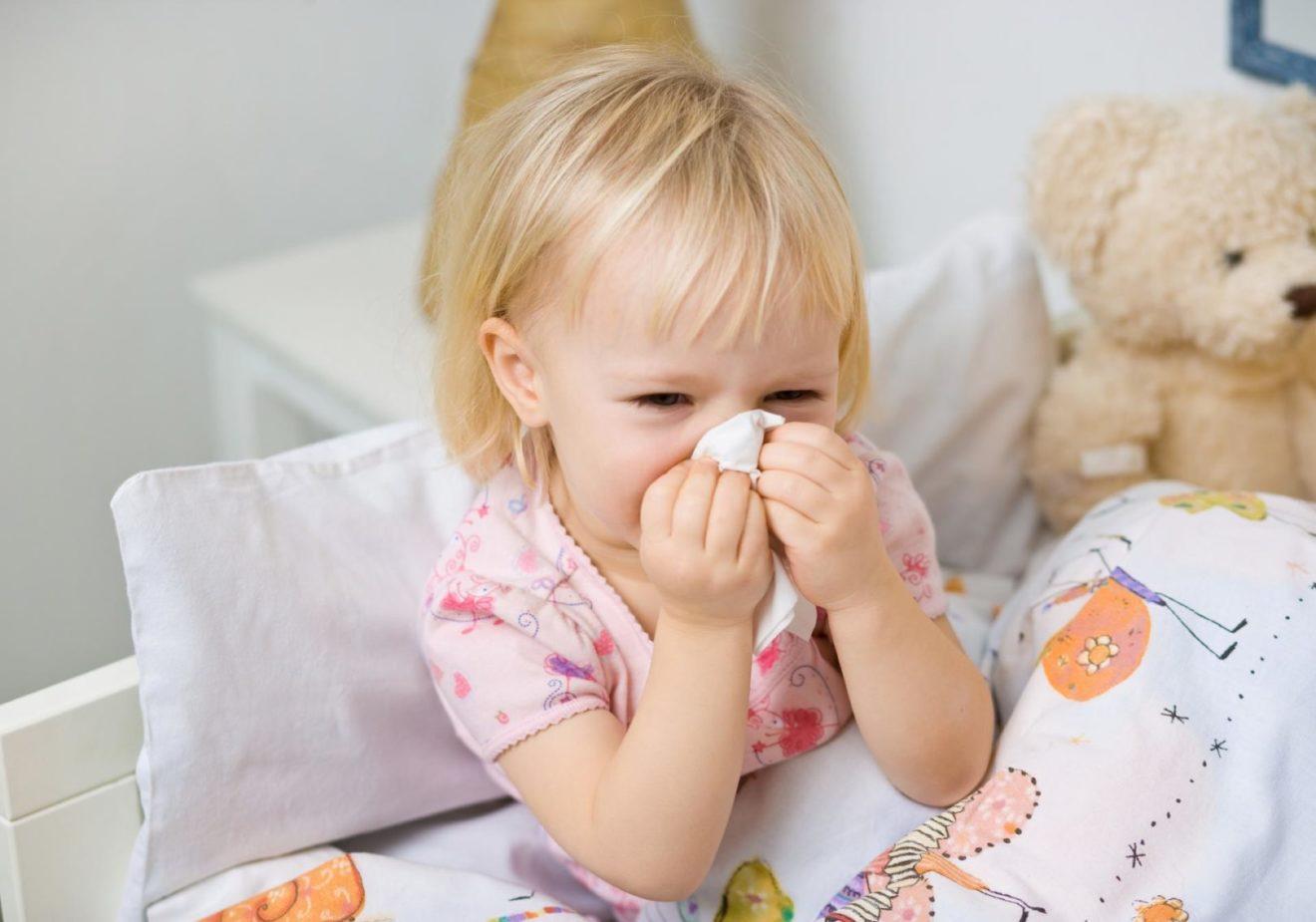 зеленые сопли у ребенка без