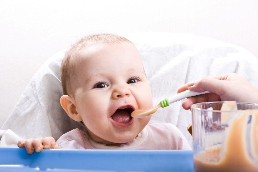 у ребенка режутся зубки симптомы