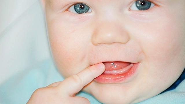 для десен при прорезывании зубов у младенцев